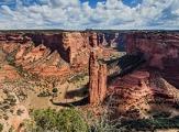 Vue sur Spider Rock dans le Canyon de Chelly, Arizona