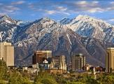 Salt Lake City et les montagnes enneigées aux alentours