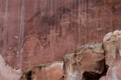 Petroglyphes amérindiens dans Capitol Reef