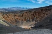 Ubehebe Crater dans la vallée de la mort