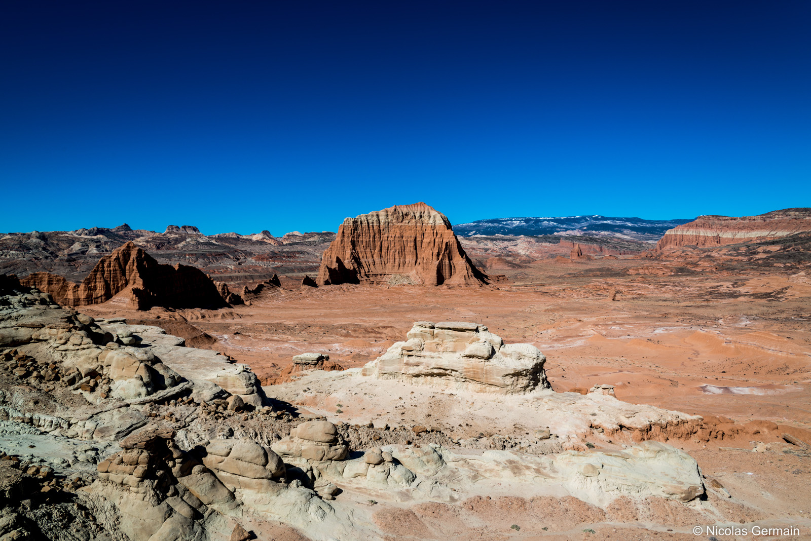 capitol-reef-south-desert-overlook
