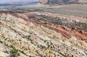Différentes roches et différentes couleurs dans le waterpocket fold de Capitol Reef