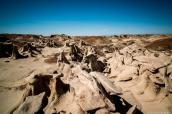 Paysage de Bisti Badlands pris en haut d'un groupe de hoodoos