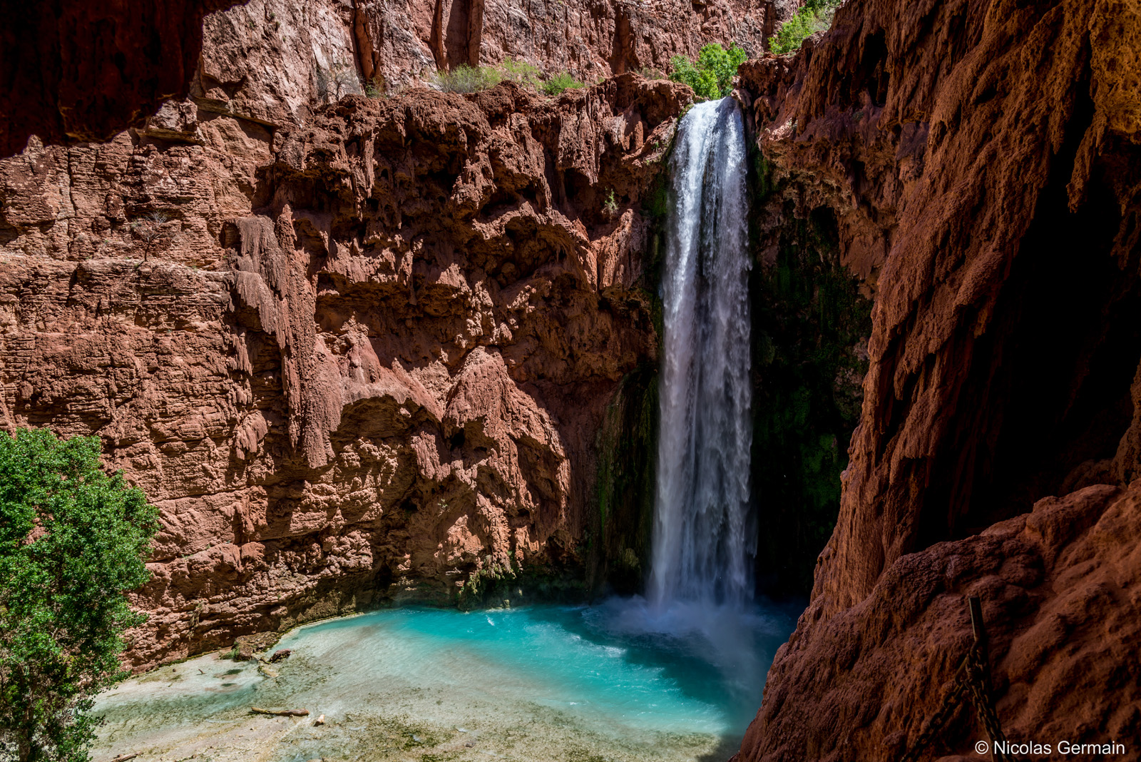 havasupai-mooney-falls