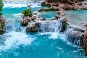 Terrasses d'eau turquoise à Havasupai