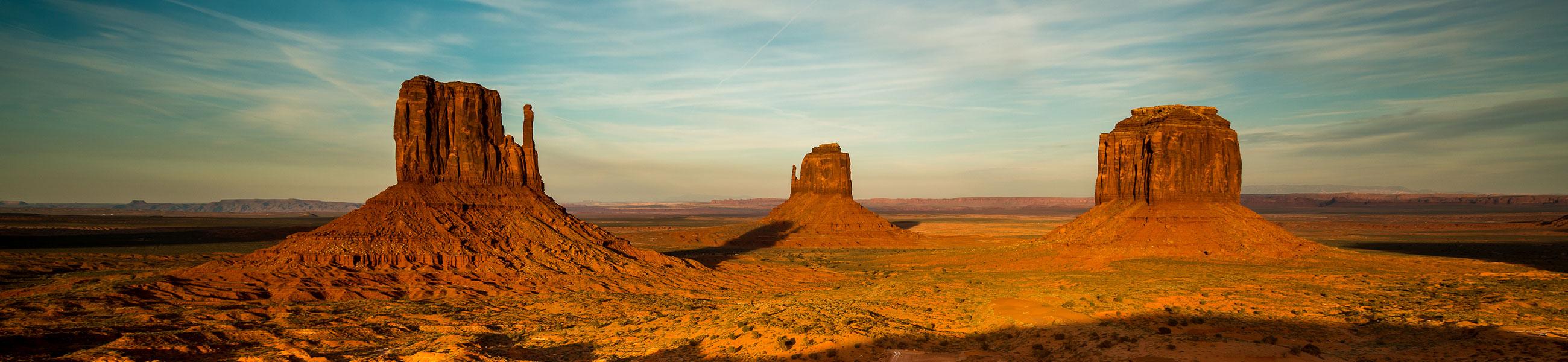 Monument Valley au coucher du soleil