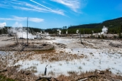 Geysers, sources chaudes et funemrolles dans Yellowstone National Park, Wyoming