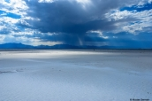 La pluie menace à l'horizon des dunes de White Sands