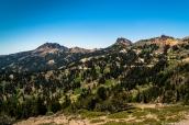 Panorama sur les montagnes dans le sud de Lassen Volcanic National Park, Californie