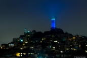 Coit Tower illuminée de nuit, San Francisco