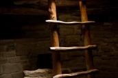 Echelle permettant de descendre dans une kiva de Mesa Verde, Colorado