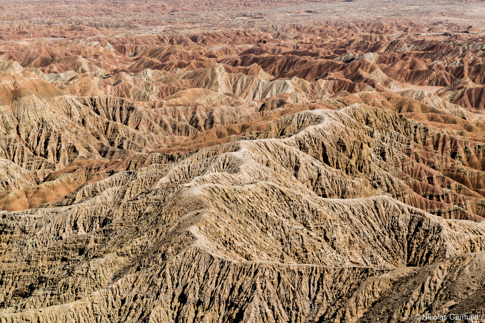Badlands à perte de vue à Fonts Point, point de vue spectaculaire à Anza Borrego, Californie