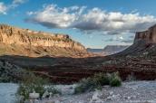Paysage d'Havasu Canyon sur le chemin allant de Hualapai Hilltop à Supai