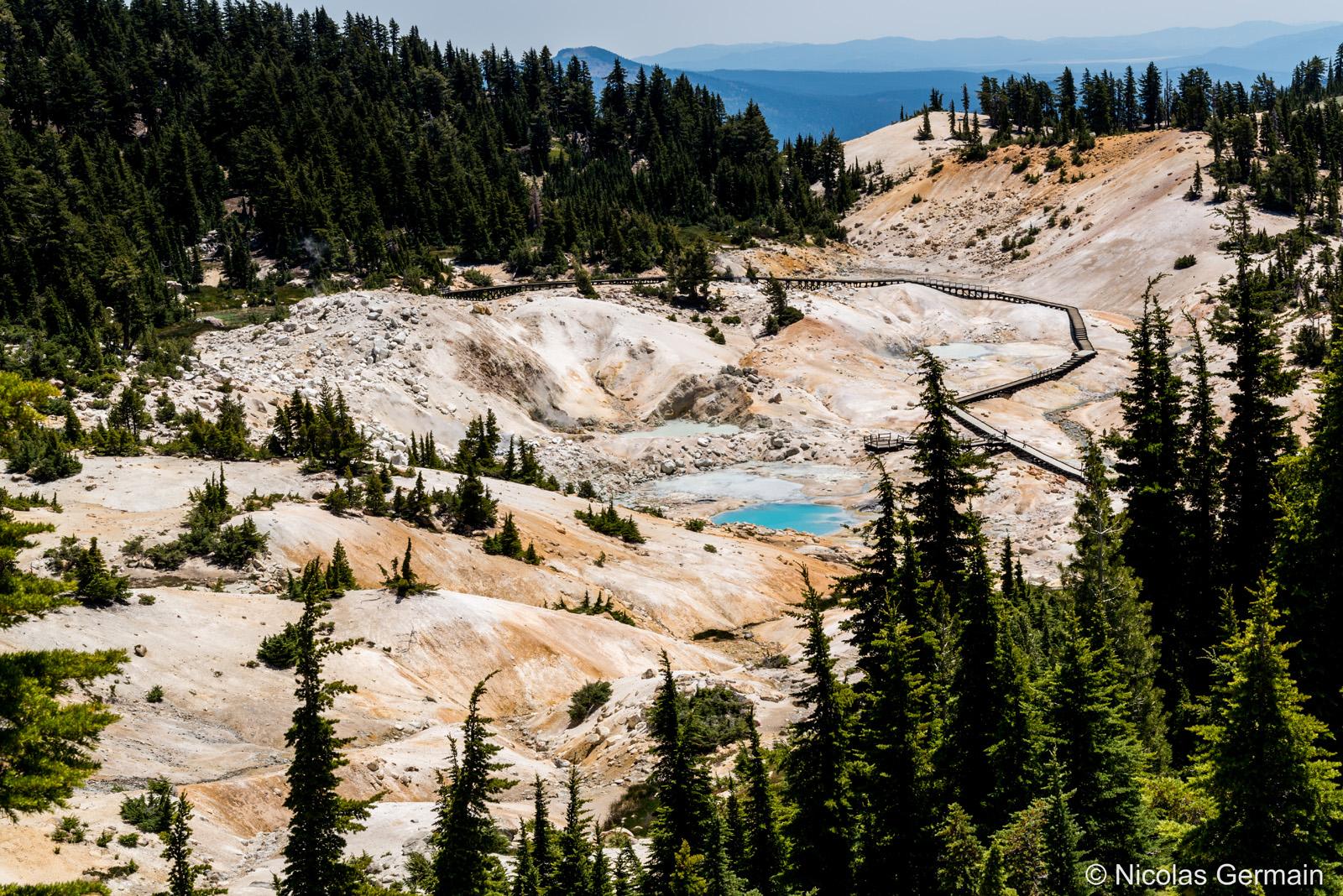 Phénomènes géothermiques de Lassen Volcanic National Park à Bumpass Hell, Californie