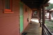 Couloir extérieur des chalets du Bright Angel Lodge, Grand Canyon