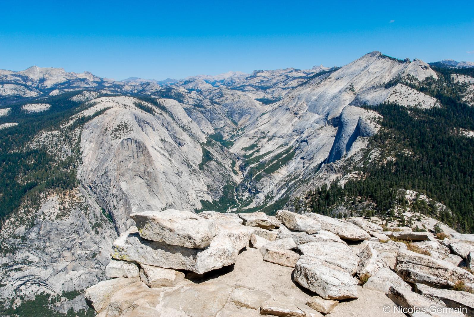 Panorama de Yosemite vu du sommet du Half Dome