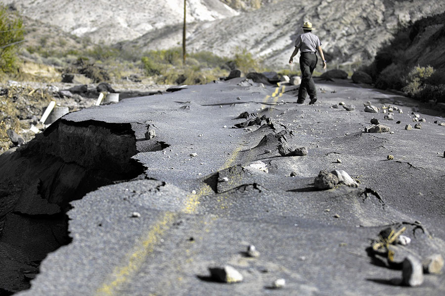 death-valley-flash-flood