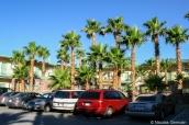 Vue extérieure du parking et du bâtiment du Stagecoach Hotel and Casino, Beatty