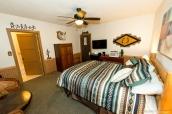 Chambre confortable de l'hôtel Overland à Pioce dans le sud-est du Nevada