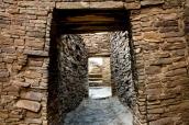 Enfilade de portes dans Pueblo Bonito, Chaco Culture