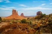 Paysage de Monument Valley vu du sentier de randonnée Wildcat Trail