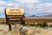 Panneau d'entrée de South Ruby Campground, le camping de Ruby Lake National Wildlife Refuge