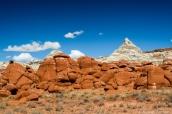 Alternance de roches rouges et blanches dans Blue Canyon, Arizona