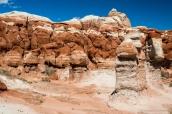 Certaines formations rocheuses de Blue Canyon en Arizona arborent ces rayures blanches