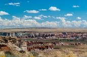 Vue lointaine de Blue Canyon en arrivant par la piste nord, Arizona