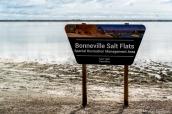 Panneau de Bonneville Salt Flats au niveau de Bonneville Speedway