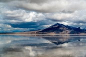 Paysage de Bonneville Salt Flats vu de l'aire de repos Rest Area Westbound