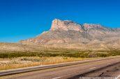 Massif des Guadalupe Mountains vu de la route US-62 dans l'ouest du Texas