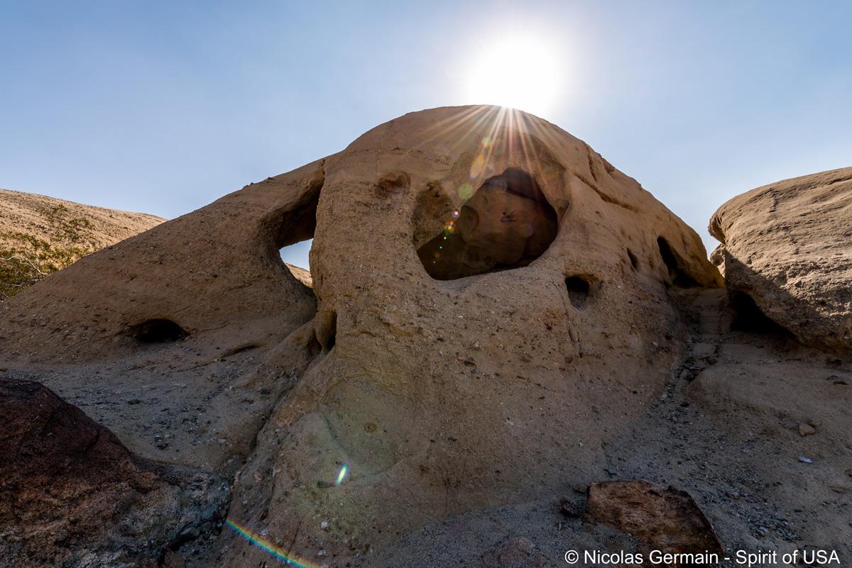 Cavité rocheuse à Wind Caves, Anza Borrego
