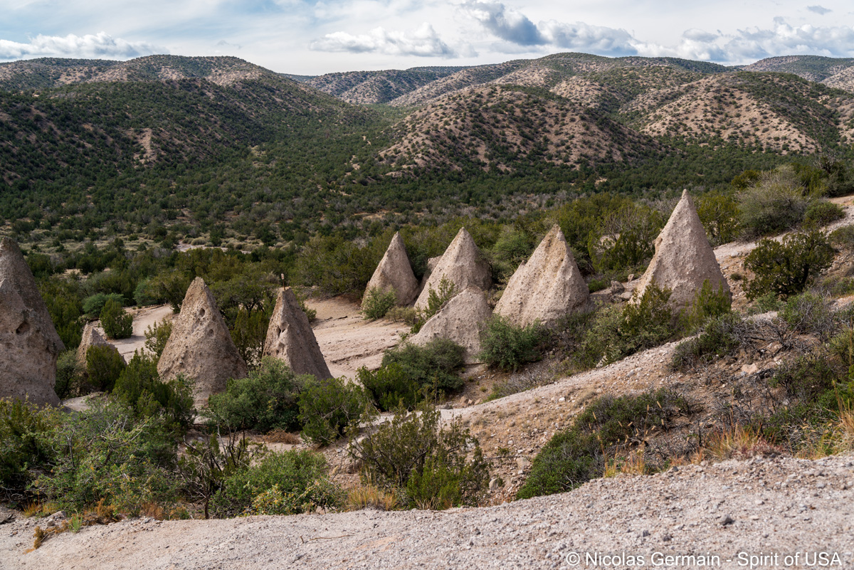 Cônes rocheux le long de Cave Loop Trail, Kasha Katuwe Tent Rocks