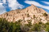 Falaises et rocher en équilibre vus de Cave Loop Trail, Kasha Katuwe Tent Rocks