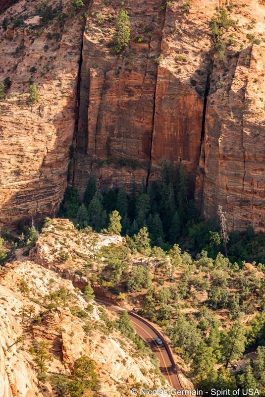 Vue sur la route UT-9 prise lors de la montée vers Progeny Peak