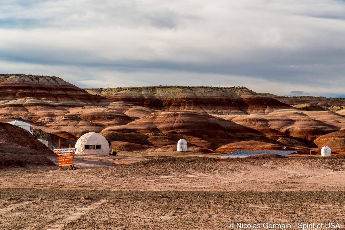 Camp d'entraînement des astronautes à Mars Desert Research Station près de Lith Canyon