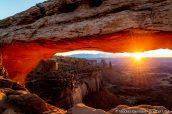 Mesa Arch au lever du soleil, Canyonlands National Park