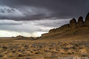 Un mur volcanique près de Shiprock, Nouveau-Mexique