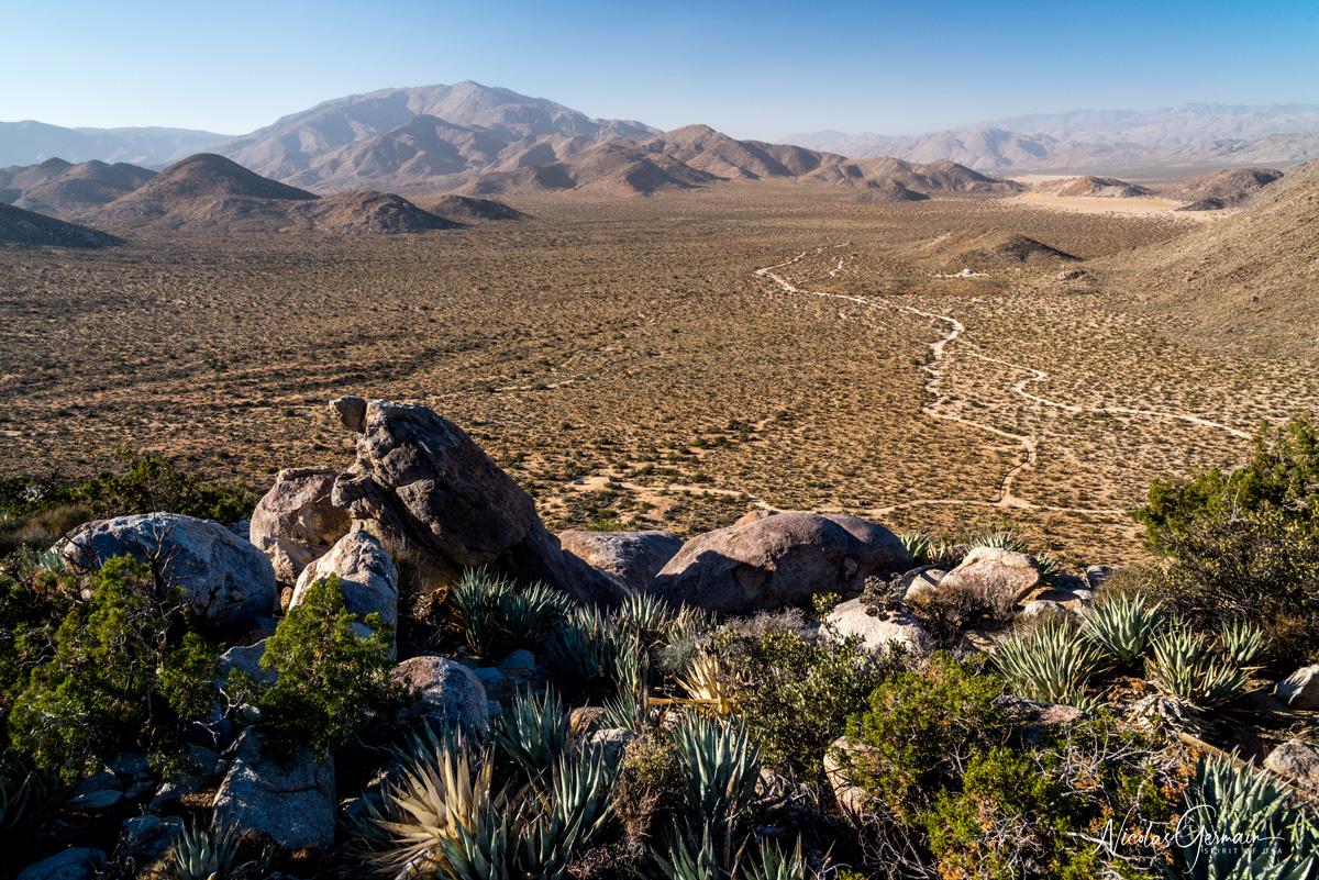 Panorama sur Blair Valley du sommet de Ghost Mountain à Marshal South Home, Anza Borrego