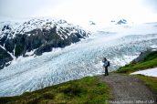 Vue du haut d'Exit Glacier lors de la montée de Harding Icefield Trail, Alaska