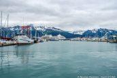 Port de Seward entouré de montagnes enneigées, Alaska