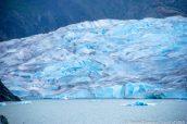 Une partie de Mendenhall Glacier près de Juneau, Alaska