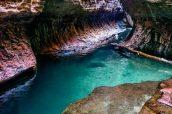 Eau transparente à l'approche du Subway en venant de Wildcat Canyon, Zion National Park
