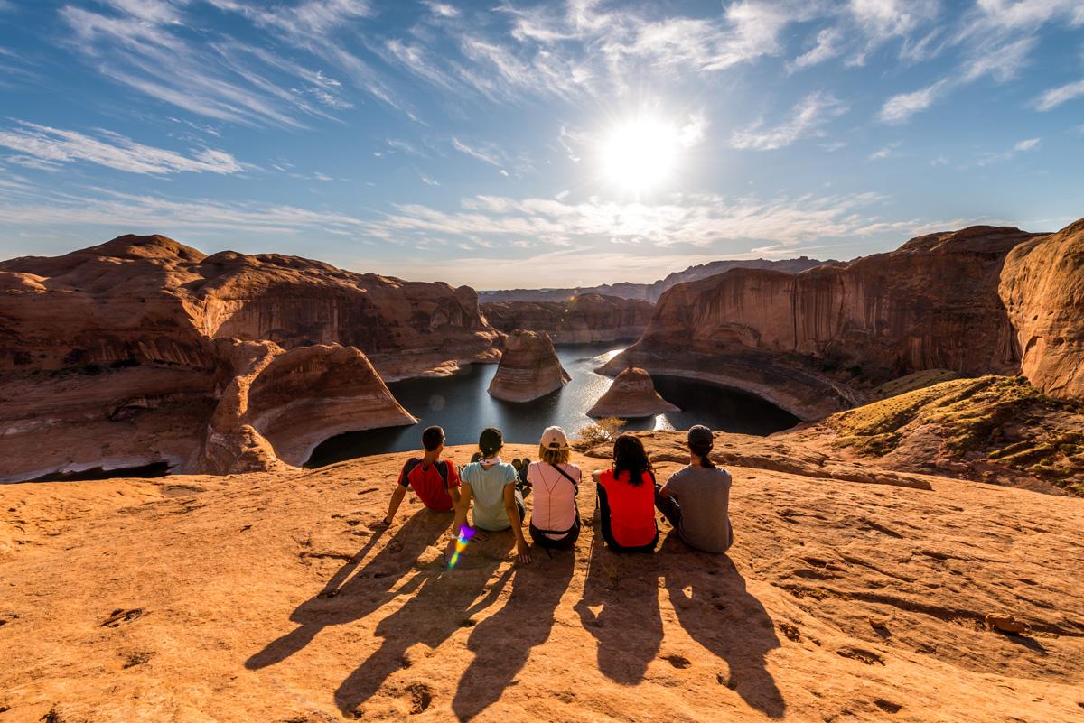 Notre groupe admirant le début du sunset sur Reflection Canyon